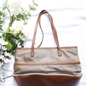 063a6b9381c3a1 Michael Kors Bags - Michael Kors Kempton Medium Pocket Tote